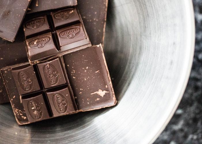 子ども 金属アレルギー チョコレート